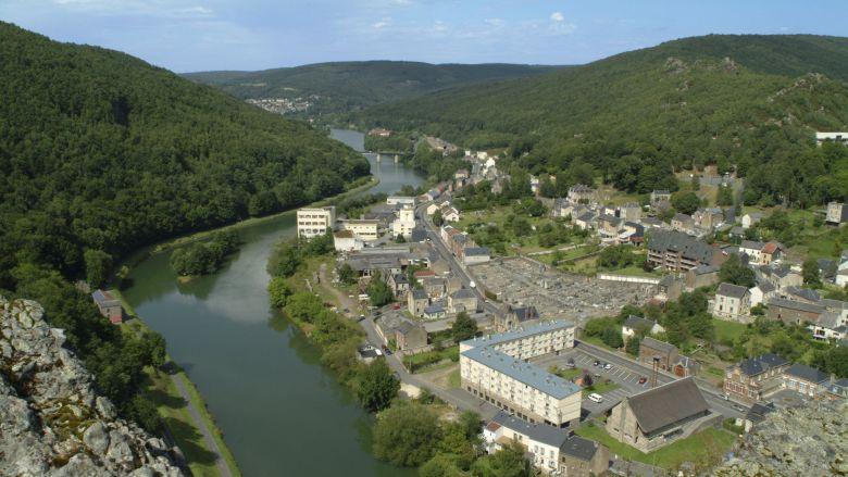 Un méandre de la Meuse à Bogny-sur-Meuse dans les Ardennes / © MaxPPP / Dominique Touchart