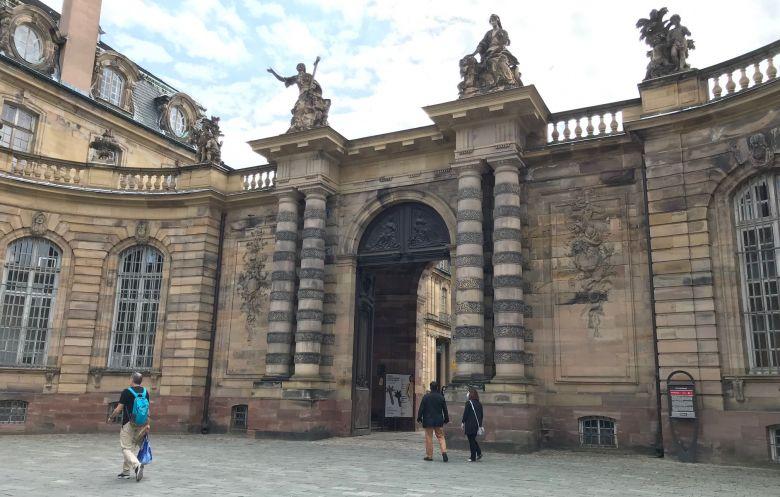 Le palais des Rohans abrite plusieurs musées / © Catherine Munsch / France télévisions