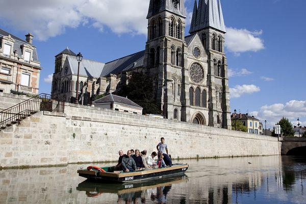 Notre-Dame-en-Vaux se découvre sous un nouvel angle.
